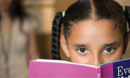 Facing School Transitions Through Reading
