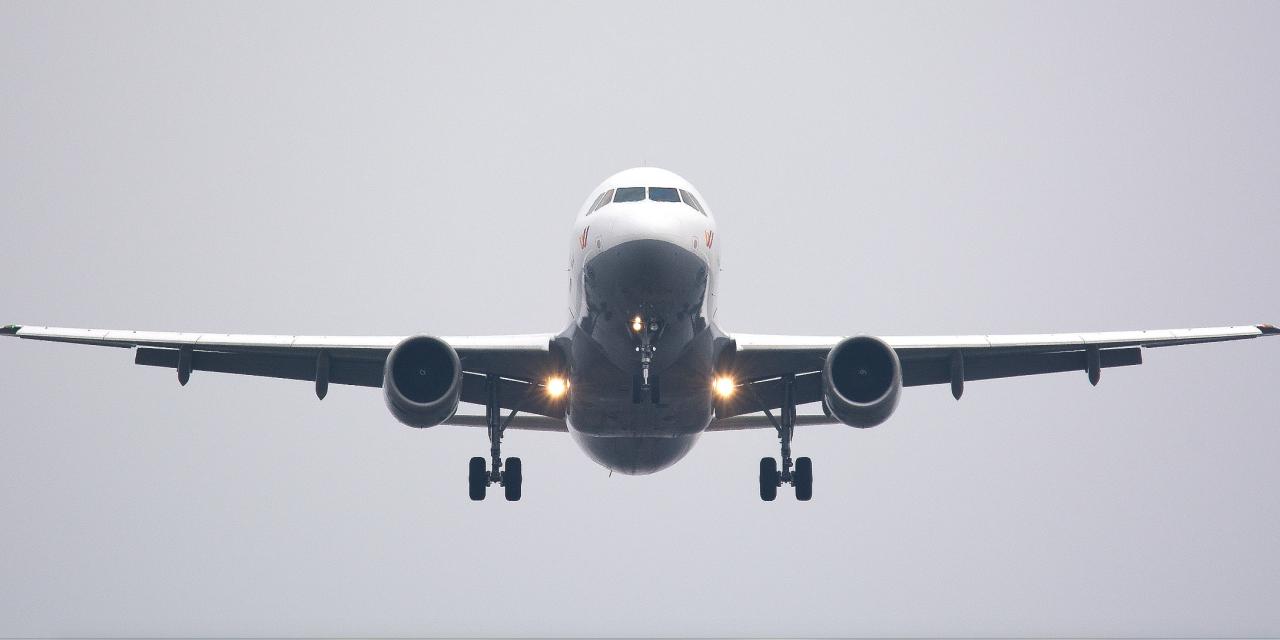 Easing Anxiety of Children Flying over the Holidays